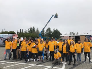 Marysville Getchell students visit UW Construction Fair