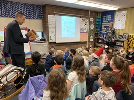 Mayor Nehring visits Pinewood Elementary School's HiCap classes and learns even more about his own City